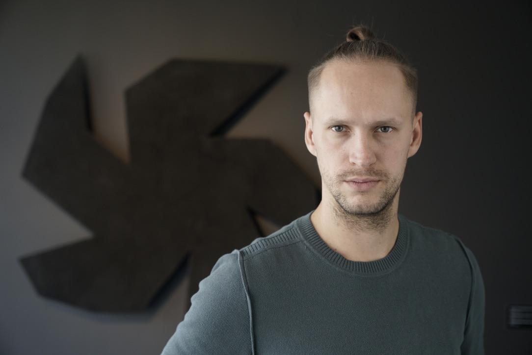 Artist talks with Alexey Zolotaryov